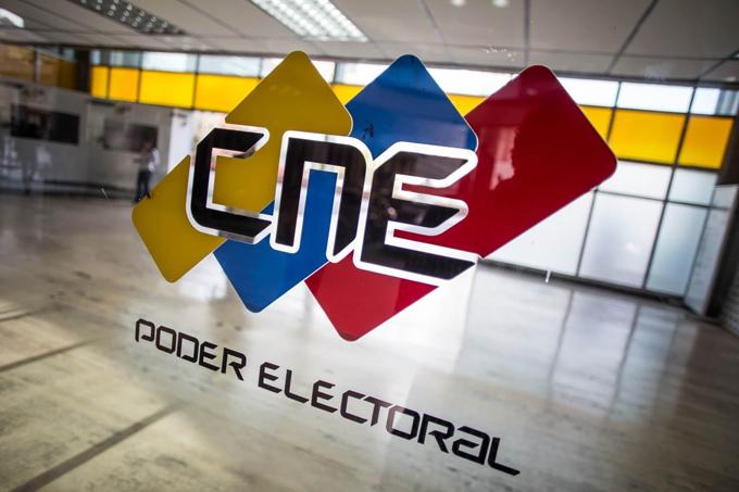 Material electoral y máquinas de votación ya están en todas las regiones del país