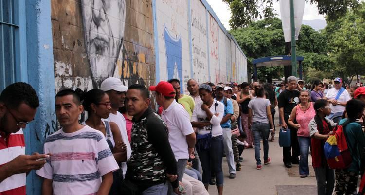 Pueblo venezolano demostró en simulacro su compromiso con el voto