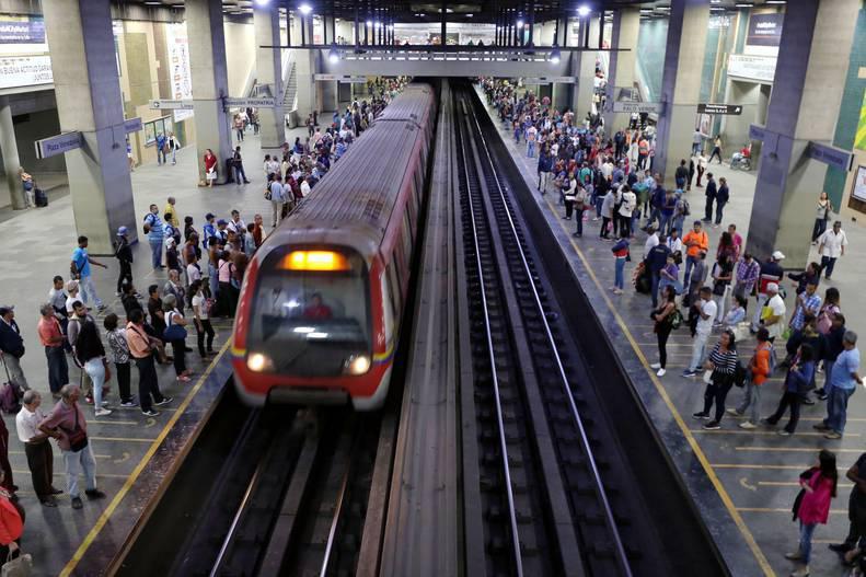 Metro de Caracas inicia campaña para estimular en los usuarios el cumplimiento de las normas